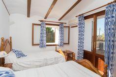 farmhouse-sacavea-bedroom