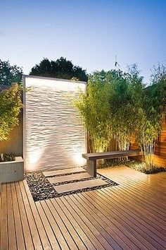 Great outdoor feature well. Like the light wash over the texture...would work well with water too. #featurewall #courtyard
