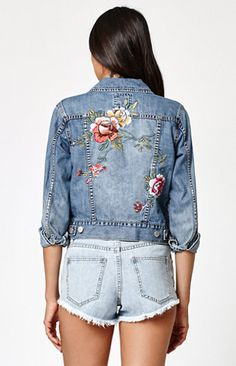 Billabong adds floral embroidery to the Floral Crush Embroidered Denim Jacket for a custom crafted feel. This jacket is made from salt-washed denim for a vintage look and feel with front welt pockets and a smaller fit. Embroidered Denim Jacket, Embroidered Clothes, Denim Jacket Embroidery, Painted Denim Jacket, Distressed Denim, Washed Denim, Custom Clothes, Diy Clothes, Painted Clothes
