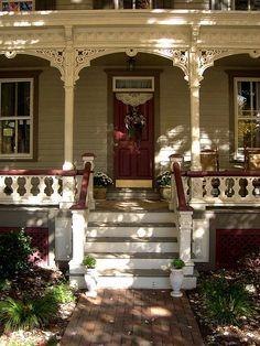 Victorian Porch, Victorian Cottage, Victorian Decor, Victorian Homes, Elegant Home Decor, Elegant Homes, Victorian Architecture, Foyers, Porch Decorating