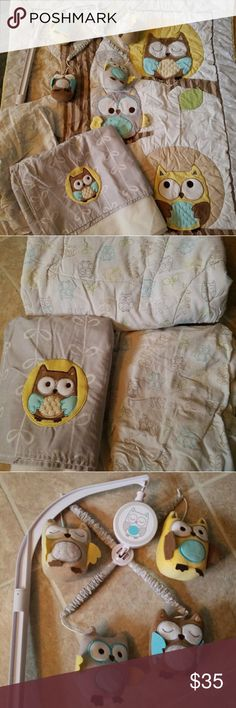 Owl Crib Bedding Gender neutral Child of Mine by Carters owl bedding and matching mobile. Everything from smoke free home, comes with everything shown, comforter, fitted crib sheet, crib skirt and working mobile. I did not notice any stains or imperfections, great condition. Other