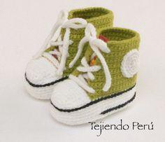 Sneakers o zapatillas para bebés tejidas a crochet!  Paso a paso con video tutorial :)