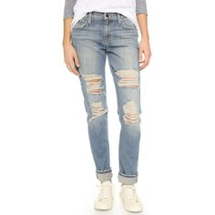 Joe's Jeans The Ex Lover Jeans (155 CAD) ❤ liked on Polyvore featuring jeans, bev, slouchy boyfriend jeans, destructed boyfriend jeans, distressed boyfriend jeans, blue ripped jeans and destroyed boyfriend jeans