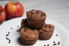 I muffin leggeri con gocce di cioccolato sono dei muffin con davvero pochi grassi , ma arricchite con gocce di cioccolato fondente per renderli più golosi