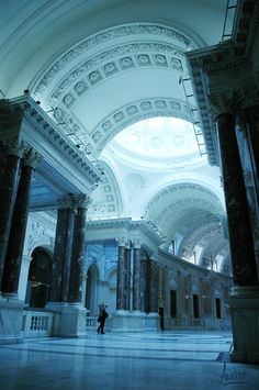 Blue Light, Hofburg Palace, Vienna, Austria465 x 700 | 138.9KB | pinterest.com