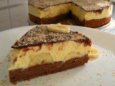 Bananina torta s skutino kremo je preprosta torta z nizko vsebnostjo sladkorja. Sladkobo ji dajejo predvsem zrele banane ter čokoladni preliv. Sweet Cakes, Tiramisu, Cheesecake, Deserts, Cooking Recipes, Sweets, Sugar, Ethnic Recipes, Food