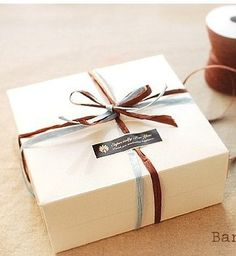 6 x Square White cookie, cake, cupcake, macaroon Box, Bakery Box, Gift packaging, Gift Box, DIY Packaging. $6.99, via Etsy.