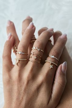 Rue Gembon Preston Gold Ring Set - Must Have Accessories - Jewelry Hand Jewelry, Dainty Jewelry, Cute Jewelry, Jewelry Accessories, Jewelry Necklaces, Jewelry Design, Silver Jewelry, Silver Ring, Gold Bracelets