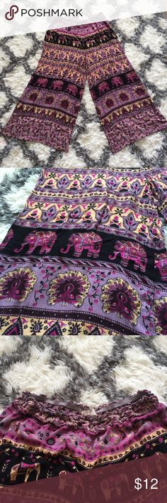 🆕 F21 Flowy Boho Wide Leg Bottoms EUC! Super fun flowy pants with amazing patterns in different levels. Elephants, turkeys, flowers, oh my!  Perfect for the hot weather (air flow!) and festival events. Forever 21 Pants Wide Leg