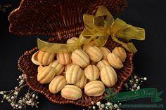 Coji de Nuci umplute Garlic, Vegetables, Type 3, Desserts, Facebook, Photos, Tailgate Desserts, Deserts, Pictures