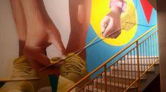 UN nuovo look per la scalinata dell'hotel Ibis Styles di via Francesco Crispi 230 a Palermo. E' stato inaugurato ieri il progetto con cui la struttura alberghiera guidata dall'imprenditore siciliano Salvo Zappalà e affiliata al marchio low cost del network internazionale Accor ha rinnovato i sette p…
