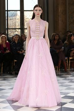 Fashion Friday: Georges Hobeika Spring 2016 Couture | Floral | Appliqués | Princess | Ankle length | Sheath | Beading | Embroidery | http://brideandbreakfast.hk/2016/03/25/georges-hobeika-spring-2016-couture/