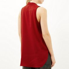 Red pussybow sleeveless blouse