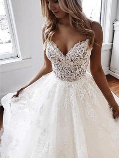 Sexy Backless Wedding Dresses With Spaghetti Straps Bridal Gowns Appliques A-Line Tiered Skirt Backless Vestidos De Novia 2019 Tulle Wedding Gown, Top Wedding Dresses, Wedding Dress Trends, Backless Wedding, Bridal Lace, Bridal Dresses, Mermaid Wedding, Wedding Attire, Casual Wedding