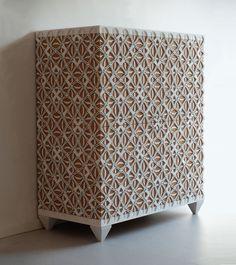 Gothveil-cabinet-Henningmade-00_Main