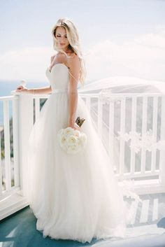 Ivory-spaghetti-straps-sweetheart-neck-tulle-long-wedding-dress-1_original