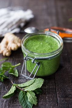 Simple, FLAVORFUL Cilantro Mint Chutney- a delicious accompaniment to Indian food- Somosas, Frankies, Dosa, Rice or Naan. Can be made in 5 minutes flat!