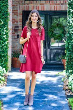 Shop Jess Lea Boutique Maddy T-Shirt Dress  #jesslea #jessleaboutique #jessleastyle #casualstyle #momstyle #casualoutfit #easyoutfit #ootd #boutique #boutiquestyle #comfystyle #falloutfits #comfydress #comfyoption #fallinspo Navy Floral Maxi Dress, Ruffle Dress, Comfy Dresses, Summer Dresses, Lace Trim Shorts, T Shirt, Shirt Dress, Chambray Top, Spandex Dress