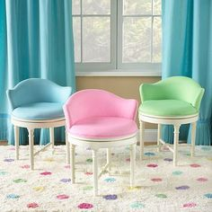 Minnie Stool - LOVE THESE! for the girls' rooms.