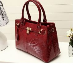 Leather Elegant Tote Shoulder Bags Lock Decoration