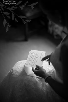 Anna and Spencer Photography, Atlanta Documentary Wedding Photographers. Bride reading a note from her groom before the wedding ceremony.