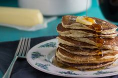 """Lactose-free milk & lemon juice stand in for classic """"buttermilk"""" in these tender Low FODMAP Buttermilk Oat Pancakes, that are even safe during Elimination! Fodmap Diet, Low Fodmap, Fodmap Breakfast, Lactose Free Milk, Roasted Strawberries, Oat Pancakes, Plant Based Breakfast, Sunday Breakfast, Fodmap Recipes"""