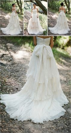 Beautiful Vintage-Inspired Dress....I LOVE the back of this!!!