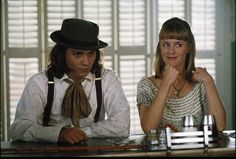 Sam (Johnny Depp) and Joon (Mary Stuart Masterson) ~ Benny and Joon.I still want my forks and dinner rolls to dance Mary Stuart Masterson, 90s Movies, Good Movies, Movie Tv, Greatest Movies, Awesome Movies, Benny And Joon, Famous Duos, Johnny And June