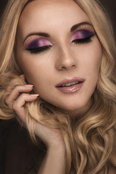 model: Aneta Kumorkiewicz foto : Kuba Karwala make-up Agnieszka Pąchalska