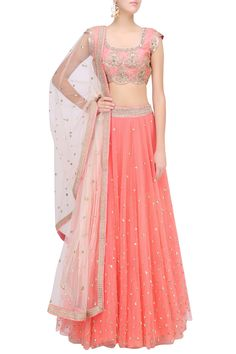 Peach floral embroidered lehenga set with off white dupatta available only at Pernia's Pop Up Shop.