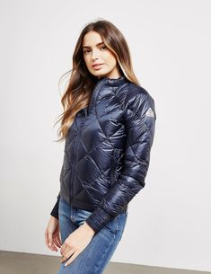 Pyrenex Valbo Down Jacket - available at Tessuti, the luxury designer retailer for Men, Women and Children. Urban Fashion, Trendy Fashion, Womens Fashion, Down Puffer Coat, Puffy Jacket, Jackets For Women, Clothes For Women, Snow Pants, Mantel