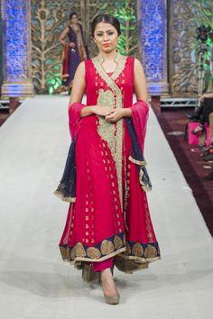 #RaniEmaan Formal Collection at PFWL 14 #fashionshows #PFWL
