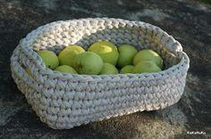 Kukuruku - Shop: Návod na háčkovaný koš Serving Bowls, Decorative Bowls, Knit Crochet, Projects To Try, Knitting, Tableware, Handmade, Diy, Crocheting