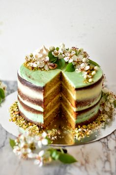 Sweet Gula: ♠♠ Pistachio Cake with Buttercream and Lima Vanilla ♠♠ 3rd Birthday Blog