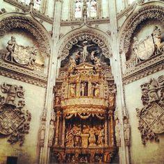 "Serie sobre ""La Catedral de #Burgos"" por fouveetourinho (@fouvee) en Instagram"