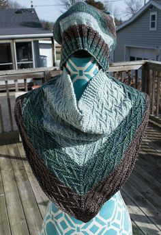 Ravelry: Project Gallery for Western Auto Cowl pattern by Carina Spencer $5.00