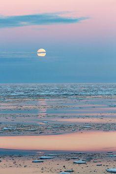 travelandseetheworld: Full moon on frozen sea, Arctic Ocean, Svalbard, NorwayTravel and see the world