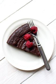 Wicked sweet kitchen: Jauhoton suklaakakku
