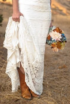 Vintage Style Autumn Wedding Inspiration - Rustic Wedding Chic