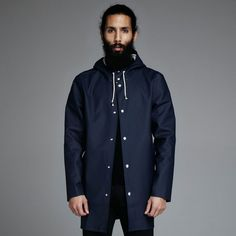 Meet the Stockholm coat, the rawer version of Arholma and have the same understated style, double welded seams on a cotton fabric in the best quality.