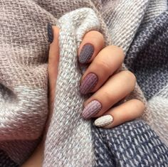 Here is Nail Designs 2020 Fall Collection for you. Nail Designs 2020 Fall 150 popular fall nail colors for 2019 177 cynthiapin. Winter Nail Designs, Nail Art Designs, Nagellack Design, Sweater Nails, Sparkle Nails, Oval Nails, Minimalist Nails, Manicure E Pedicure, Stylish Nails