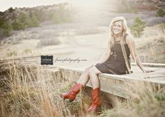 Senior Picture Poses For Girls | Senior Girl Poses / Colorado Springs Newborn & Maternity Photography ...