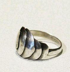 Ring escama