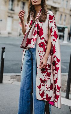 red floral #cape x high-waist #jeans