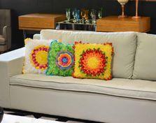 Almofadas coloridas (Amarela)