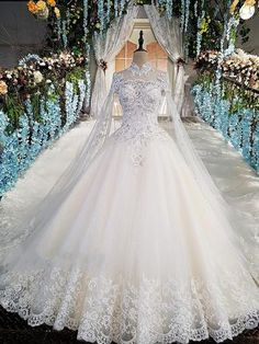 Luxury wedding gowns with cape beaded ball gown short sleeves high neckine lace vestido de noiva princesa real photos - Banana Stocks Wedding Dress Train, Wedding Dresses 2018, Applique Wedding Dress, Luxury Wedding Dress, Quinceanera Dresses, Gown Wedding, Wedding Dresses With Cape, Diamond Wedding Dress, Lace Wedding