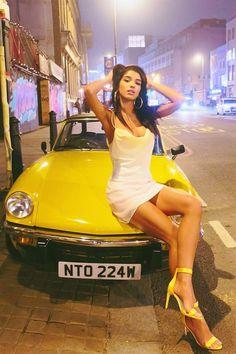 Sexy Cars, Hot Cars, Benfica Wallpaper, Carros Vw, Sexy Autos, Yovanna Ventura, Pin Up, Porsche Sports Car, Hot Rides