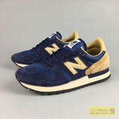NEW BALANCE (日本未発売)夏 ニューバランス ニューバランス M770SNB ネイビー /ベージュ MENS  Navy with Beige メンズ 正規品 ランニング靴  http://www.nbalanceshop.com/new-balance-men-sport/%E3%83%A1%E3%83%B3%E3%82%BA-new-balance-770/products-1296-1297-1298-1299-1300