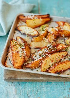 Asda Good Living | Garlic and parmesan potato wedges