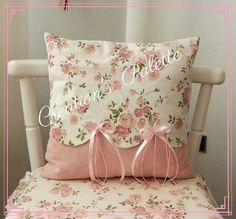 decorative pillows 818951513475322459 - Shabby Chic Pillows Diy Cushions Super Ideas Source by charlainegodebe Shabby Chic Pillows, Cute Pillows, Diy Pillows, Shabby Chic Decor, Decorative Pillows, Throw Pillows, Draps Design, Pillow Crafts, Sewing Pillows